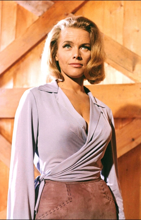 Honor Blackman 007 Pussy Galore
