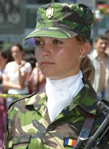 Romanian-W-soldier_1745231a