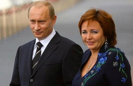 ZHena-Vladimira-Putina-zhdet-rebenka1 (1)