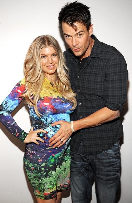 fergie-pregnant-bump-josh