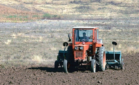 tractor_pe_camp1