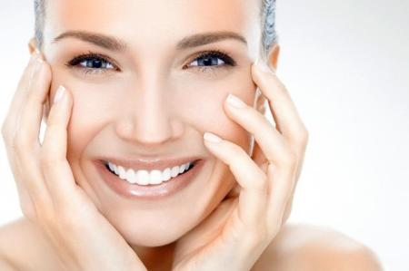 199-Tratamente-naturiste-pentru-pielea-din-jurul-ochilor