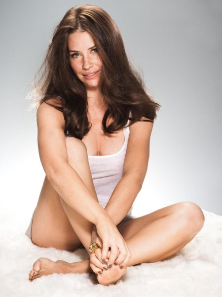 Evangeline Lilly for LOreal shoot-03