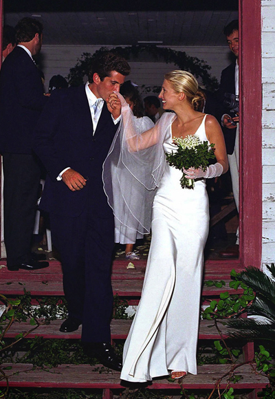 Carolyn_Bessette-wedding