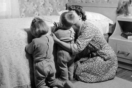 copii-in-rugaciune