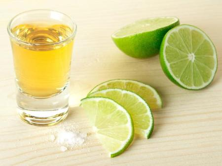 tequila-with-lime